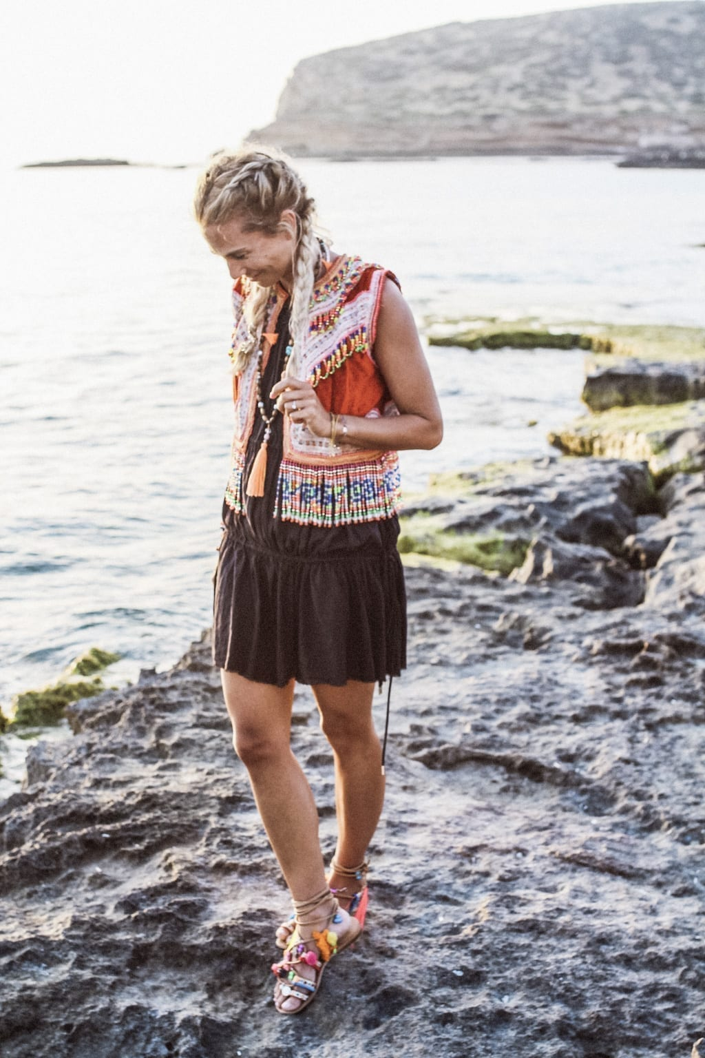 CK1605_Constantly-K-Karin-Kaswurm-Ibiza-Fashion-Beach-Style-At-The-Sea-Boho-Chic-Ethno-8598