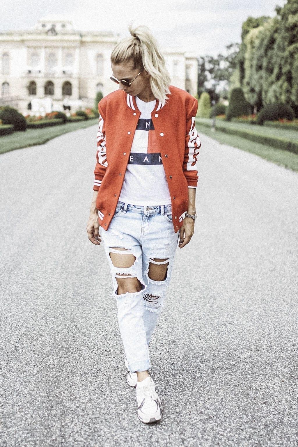 Constantly-K-karin-kaswurm-white-red-rieger-jacket-salzburg-fashion-street-style-9043