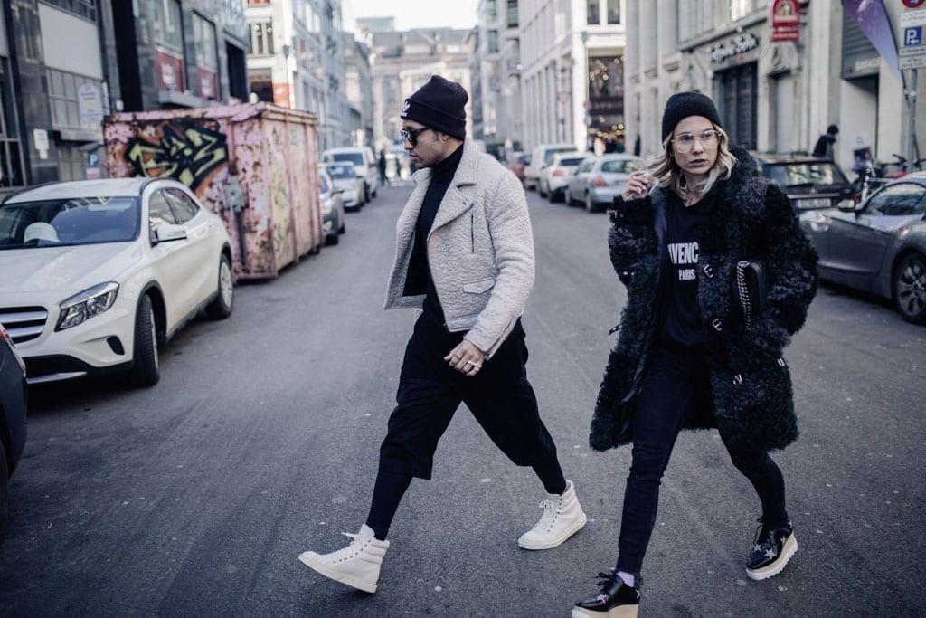 Ilja jay auf den Straßen Berlins mit Karin Kaswurm
